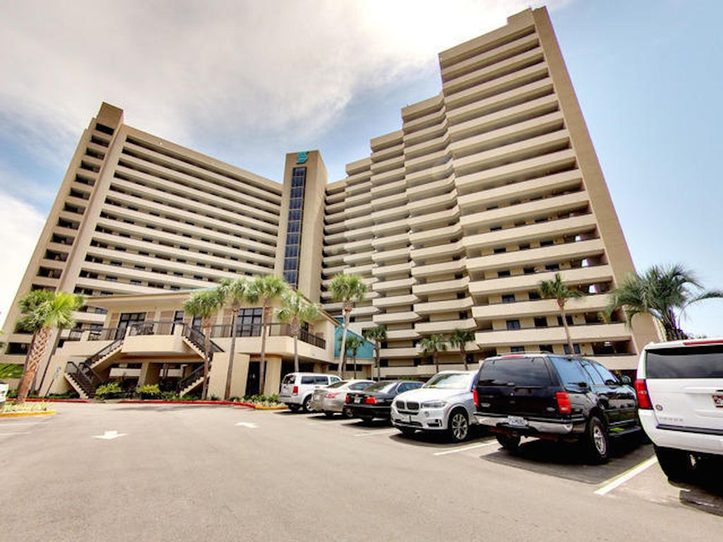 Sundestin Resort Front View